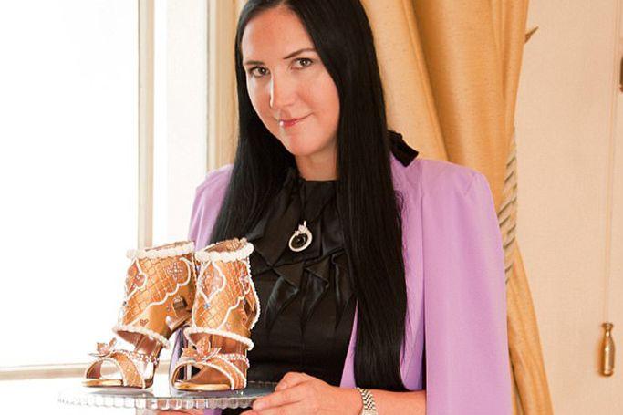 The $1 Million Dollar Wedding Cake At BRIDE Dubai